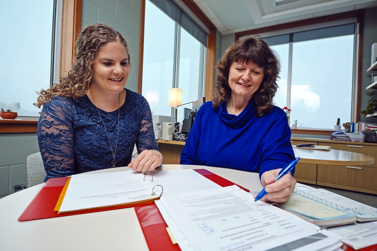 Nurse Practitioner PhD Dissertation Help - Write a Thesis on Nurse Practitioner Studies